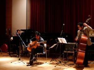 Yoshimi Fukasawa & CAROLINA SHOUT
